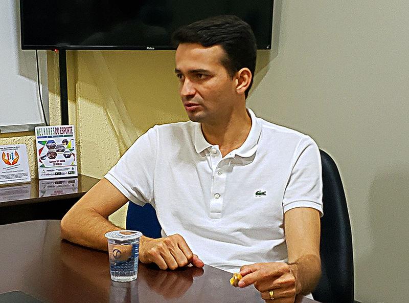 Secretário de Desenvolvimento Urbano Max Menezes fala ao Aparecida Sem Censura | Foto: Folha Z