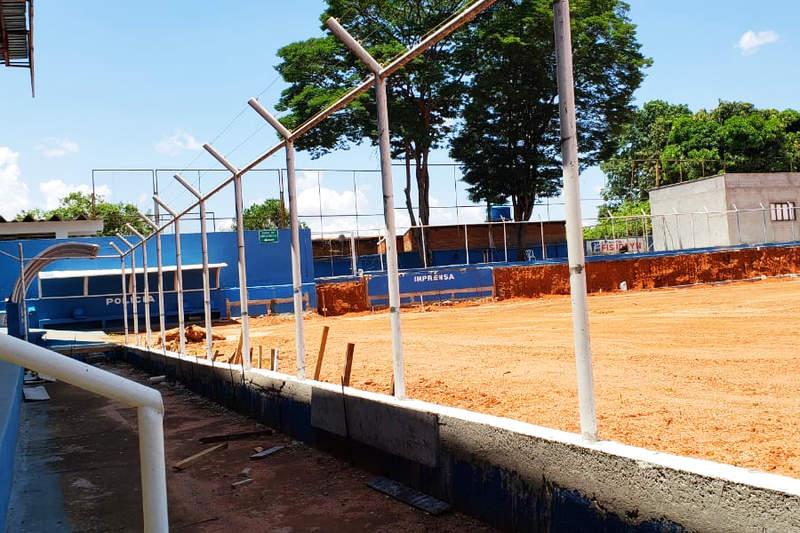 Gramado pode atrapalhar uso do Annibal no Goianão | Foto: Folha Z