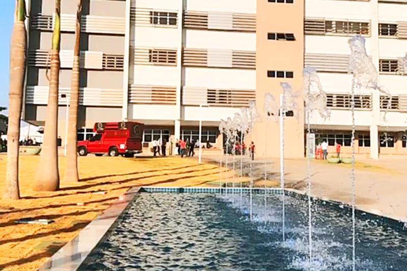 Fonte fica em frete ao prédio do novo Paço de Aparecida | Foto: Divulgação