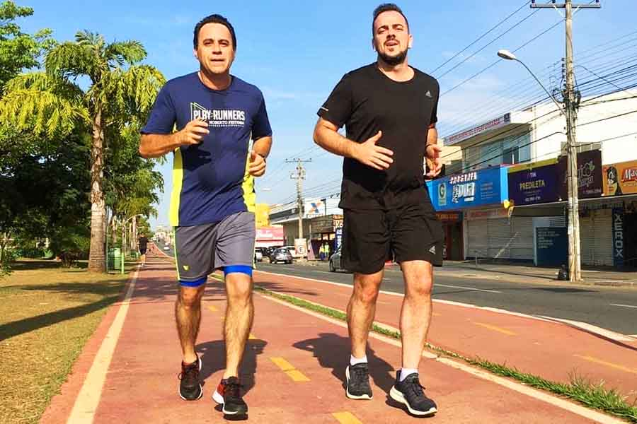 Adversários tentam, mas Veter Martins segue à frente na disputa pela vice na chapa de Gustavo Mendanha | Foto: Reprodução/Instagram
