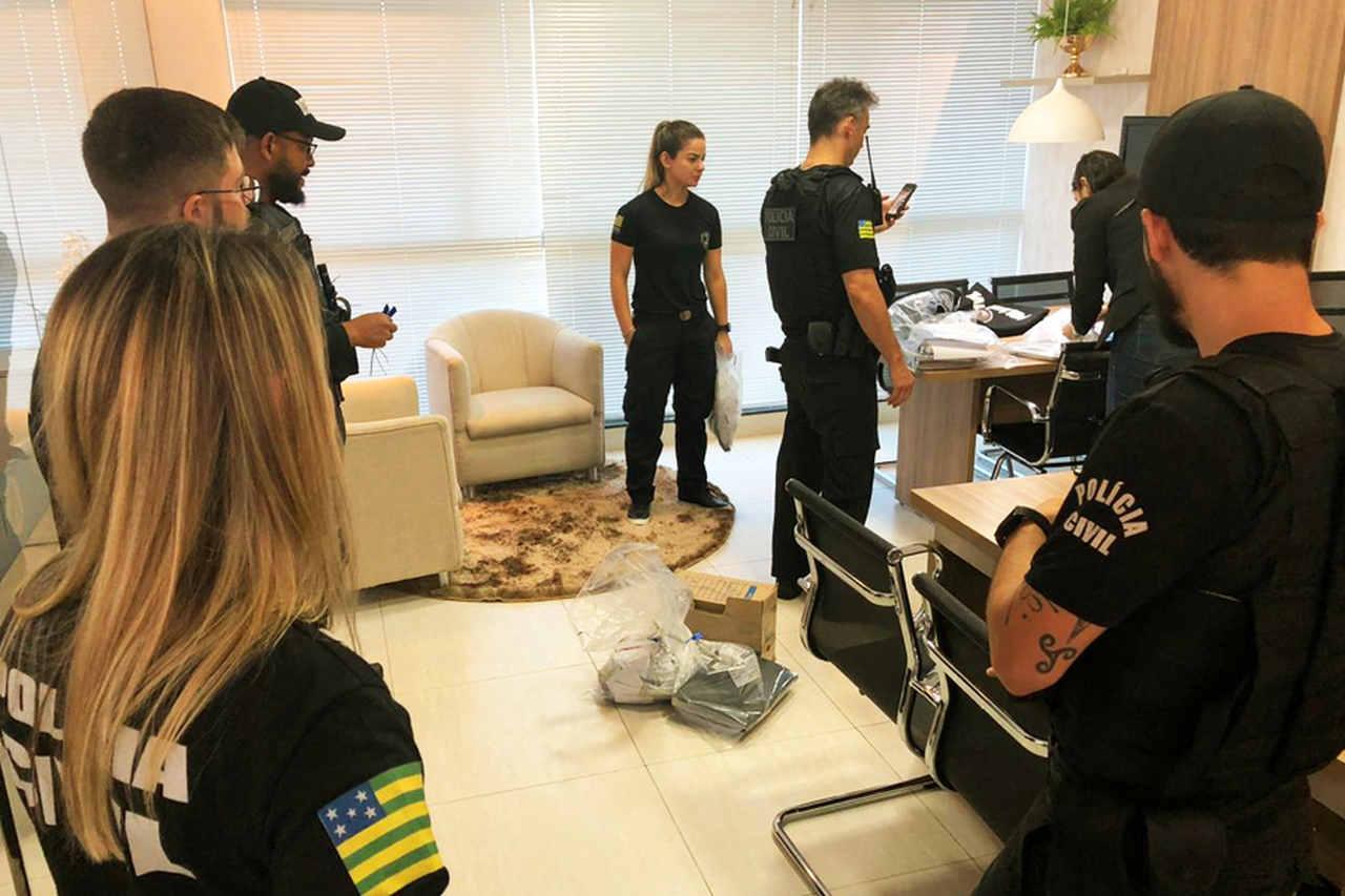 Operação cumpriu 62 mandados judiciais, sendo 7 de prisão temporária e 55 de busca e apreensão em Goiás, São Paulo, Mato Grosso do Sul e Distrito Federal | Foto: Divulgação / PC