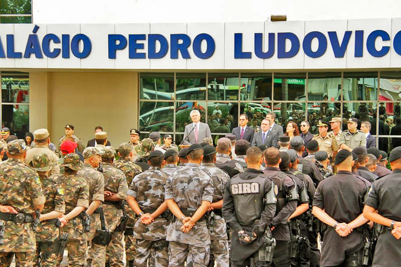 Lançamento da Operação Boas Festas fechou o anel interno da Praça Cívica e provocou transtorno no trânsito em toda a região   Foto: Sgt. Luiza / PMGO