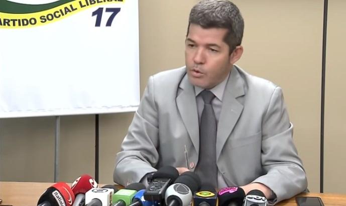 delegado Waldir vs prefeito Mendanha Aparecida