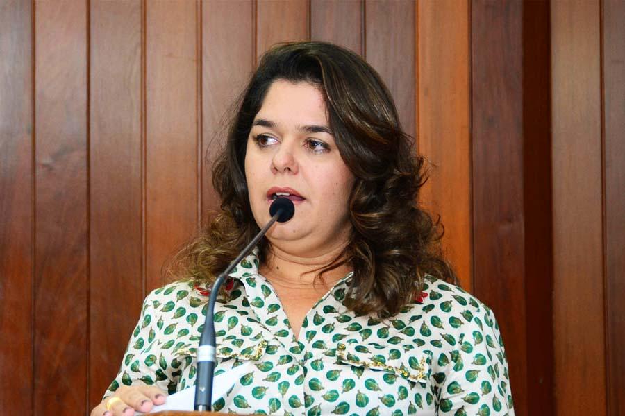 Promotora de Justiça Suelena Carneiro Caetano Jayme | Foto: Divulgação / MP-GO