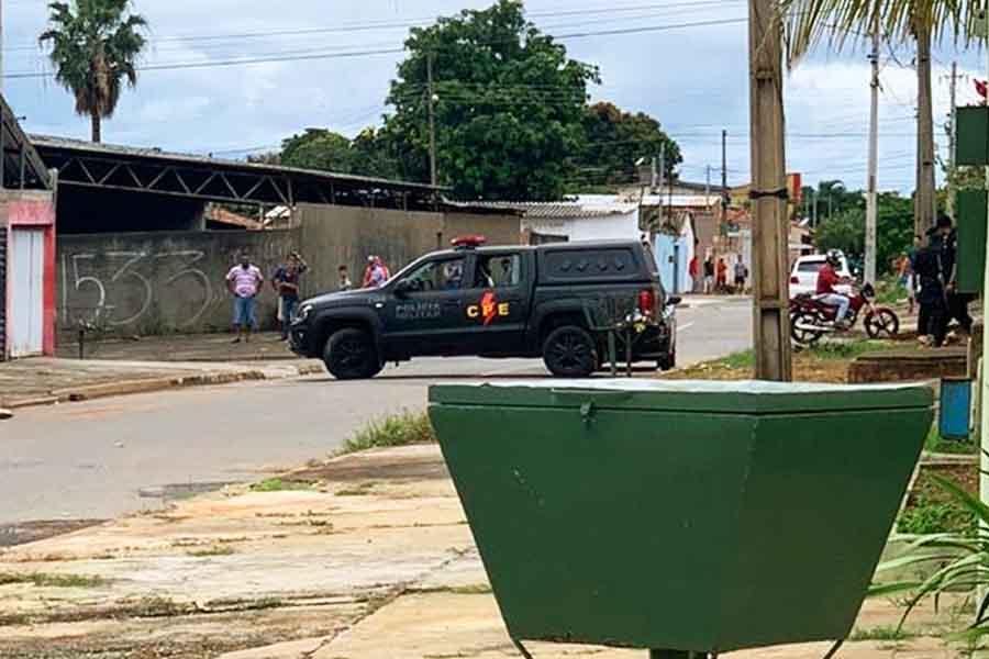 Ação da CPE no Independência Mansões | Foto: Leitor / FZ