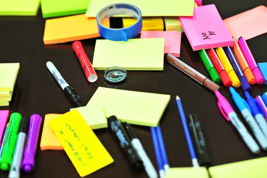 Preparar a mochila e o material escolar pode ser uma atividade bem agradável em família | Foto: Reprodução