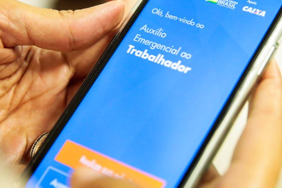 Atualização do aplicativo Caixa Auxílio Emergencial permite que o usuário conteste benefícios negados e refaça o cadastro no aplicativo, com a correção de dados | Foto: Marcello Casal Jr/Agência Brasil Economia