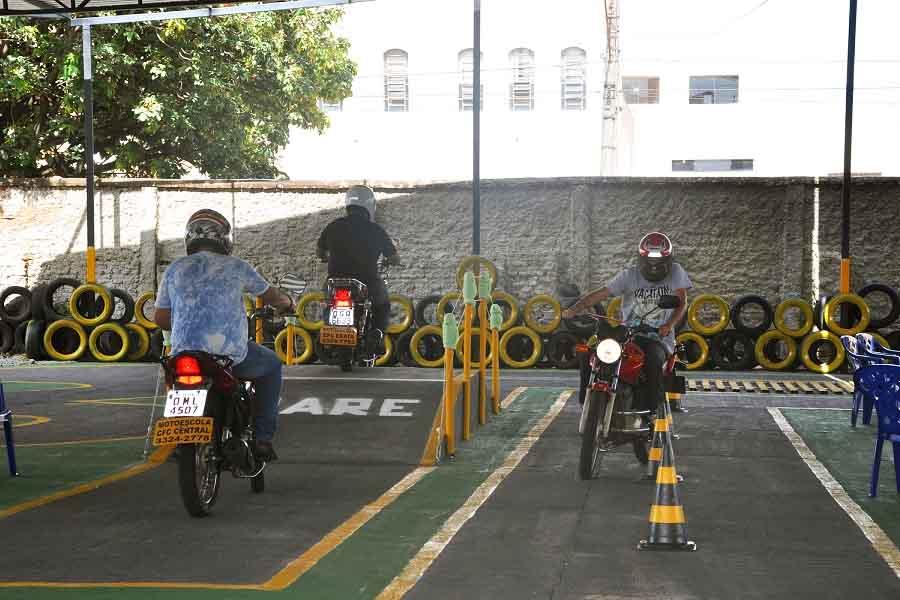 Prova prática para categoria A (motocicletas)   Foto: Divulgação