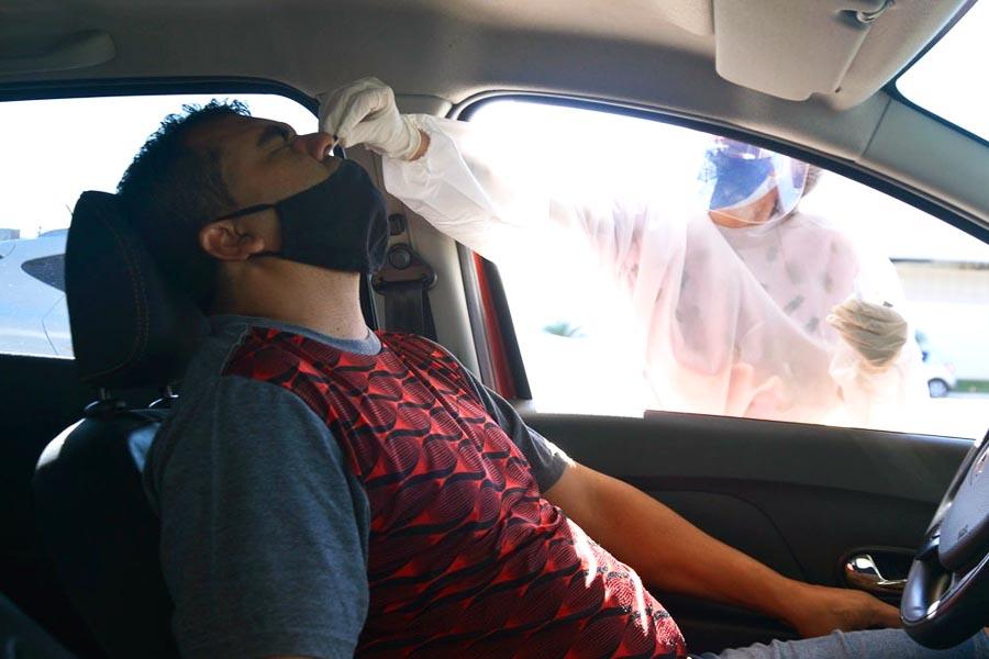 Drive thru de testagem detecta casos de covid-19 em Aparecida   Foto: Claudivino Antunes