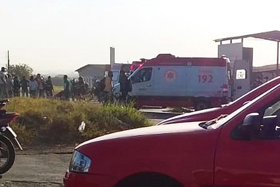 Acidente com vítima fatal no Polo Empresarial Goiás, em Aparecida | Foto: Leitor/FZ