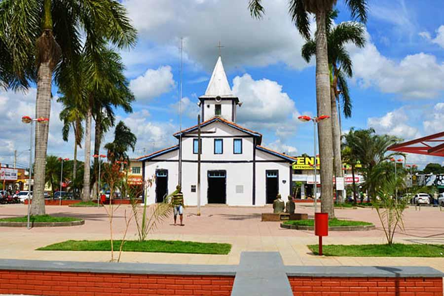 Igreja Matriz de Aparecida de Goiânia | Foto: Claudivino Antunes