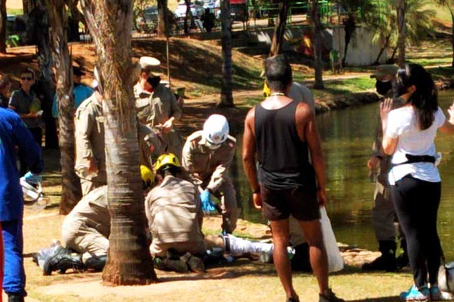 Jovem morreu afogado no Lago Vaca Brava, no Setor Bueno, em Goiânia   Foto: Leitor/FZ