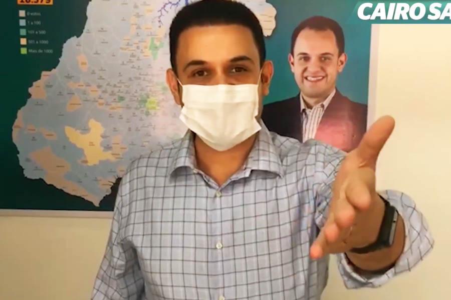Cairo Salim grava vídeo para esclarecer 'polêmica' sobre aborto   Foto: Reprodução/Youtube