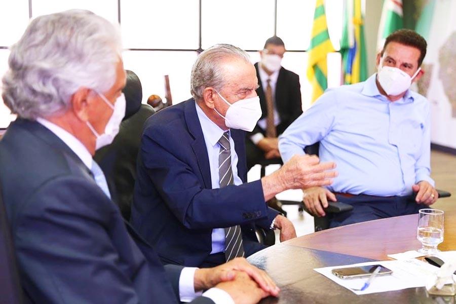 Ronaldo Caiado, Iris Rezende e Vanderlan Cardoso | Foto: Divulgação