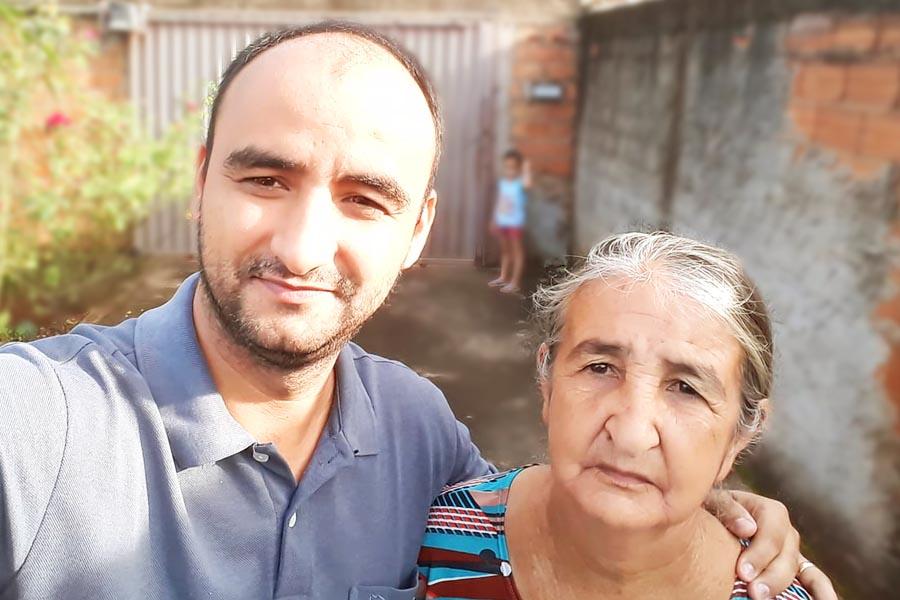 Dona Maria e o filho, Mazinho Baiano | Foto: Reprodução