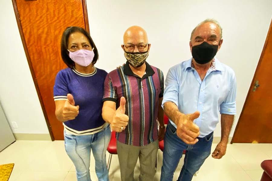 Professor Alcides e Edilson Ferreira | Foto: Reprodução
