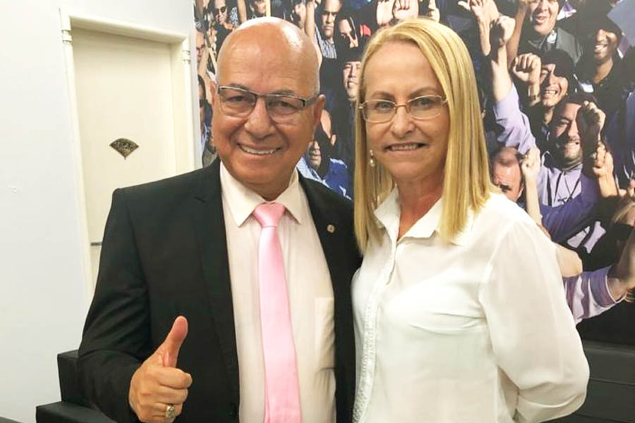 Professor Alcides e Professora Rosy da Unifan | Foto: Reprodução